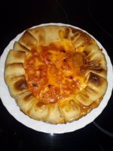 Belen A. Huevo duro, carne picada, salchicha, atún y tomate frito