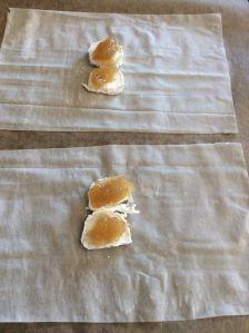 queso de cabra y mermelada de cebolla